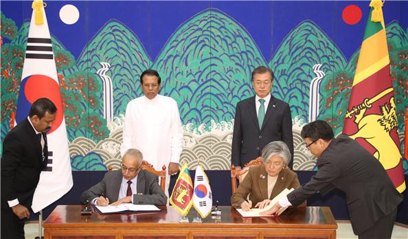 Signing Ceremony for the Agreement on Economic Cooperation between Korea and Sri Lanka